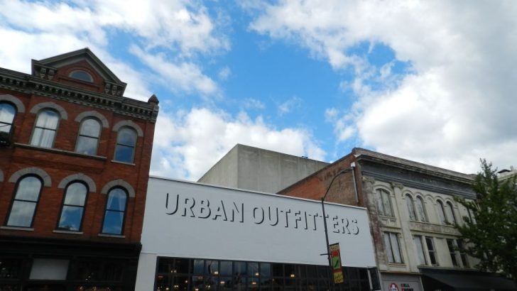 Retail Owners and Experts Torn Over Urban Outfitters Arrival